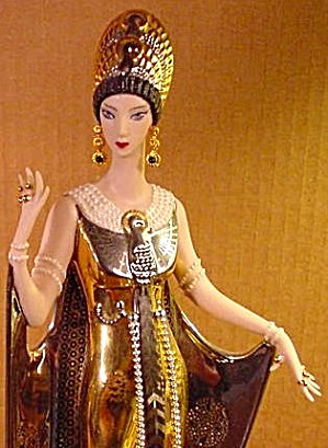 Fashionistah Erte Figurine: More gold! More!