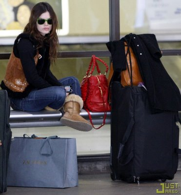 RBils in her Uggs, hanging out at LAX. The other day I was having a latte