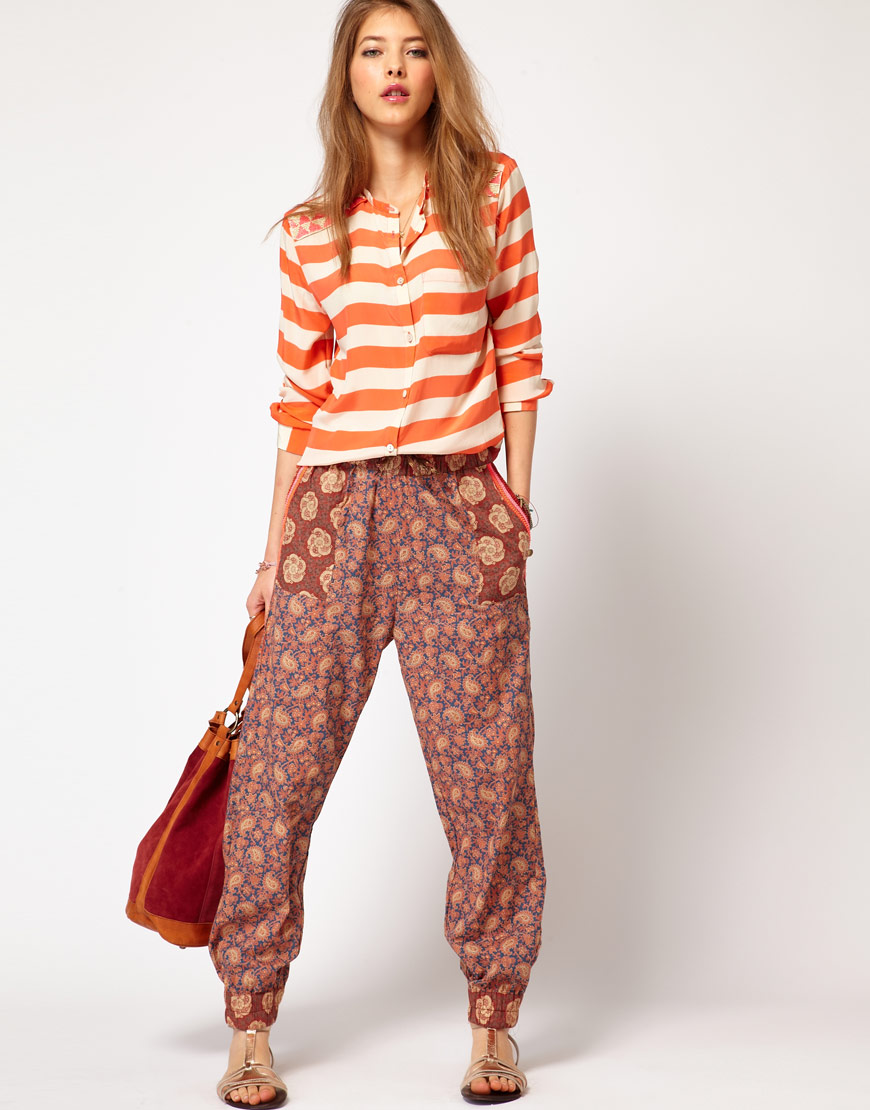 Print Joggers - Have that Eat.Pray.Love /just got back from India vibe. Maison Scotch Mix Print Trouser