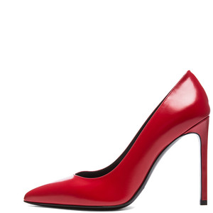 Covet like so bad because it's like perfect: YSL Paris Calfskin Pump